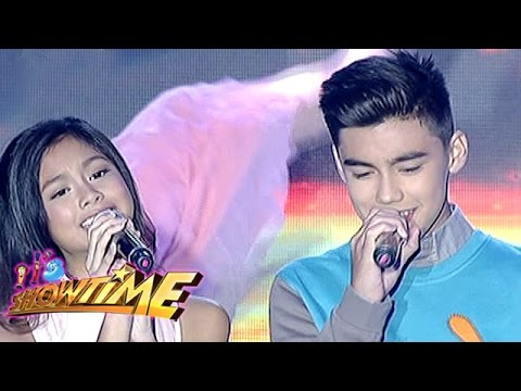 It's Showtime: Bailey, Ylona sing 'Magmahal Muli' on It's Showtime (видео)