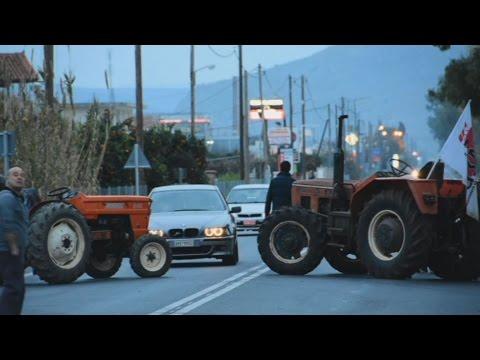 Aγρότες έκλεισαν την επαρχιακή οδό  Ναυπλίου-Αργους