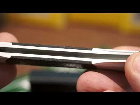 Комплектация: Нож выкидной