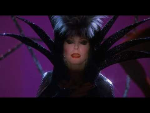 Elvira - Mistress Of The Dark XII