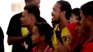 Video Heboh, Andik Vermansyah Menyamar Jadi kakek kakek di Jalanan Malaysia MP3, 3GP, MP4, WEBM, AVI, FLV Juni 2018