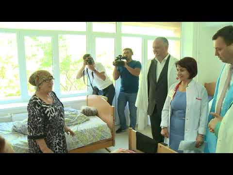 President of the Republic of Moldova, Igor Dodon, together with the bashkan of ATU Gagauzia, Irina Vlah, took part in the opening ceremony of the Department of Therapy and Chronic Diseases of the Vulcanesti District Hospital.