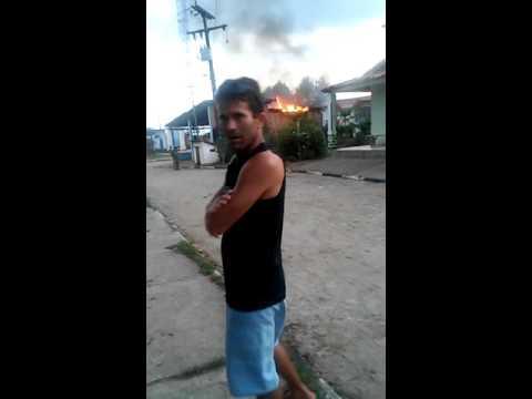 Botijão de gás pega fogo em Bar em Varzedo - www.vozdabahia.com.br