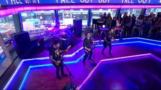 Video Fall Out Boy - HOLD ME TIGHT OR DON'T MP3, 3GP, MP4, WEBM, AVI, FLV April 2018
