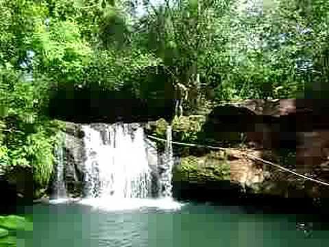 cachoeira linda em wanderlandia