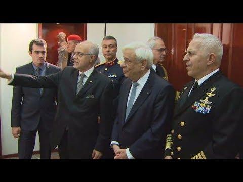Αφιξη του Π.Παυλόπουλου  στη Λέσχη Αξιωματικών Φρουράς Θεσσαλονίκης