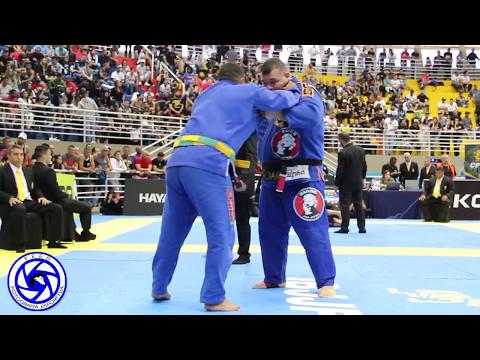 Video Brasileiro de Jiu Jitsu 2017, Otávio de Sousa Natali x Victor Hugo Honório. download in MP3, 3GP, MP4, WEBM, AVI, FLV January 2017