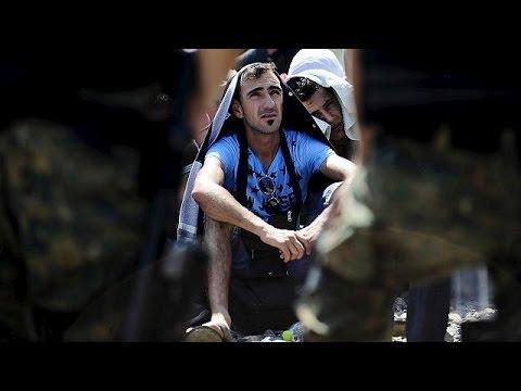 Χιλιάδες μετανάστες εγκλωβισμένοι στα σύνορα Ελλάδας – ΠΓΔΜ