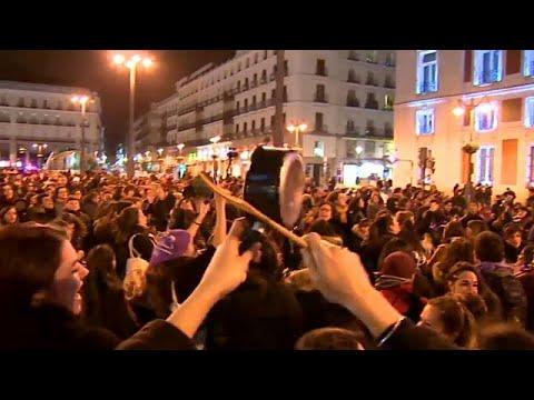 Οι Ισπανίδες τιμούν την ημέρα της γυναίκας