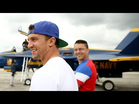 2015 Red Wings/Blue Angels - Glendening Takes Flight (видео)