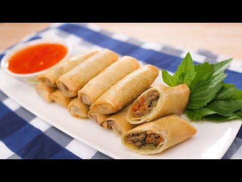 Green Curry Spring Rolls Recipe - Hot Thai Kitchen! เปาะเปี๊ยะเขียวหวาน