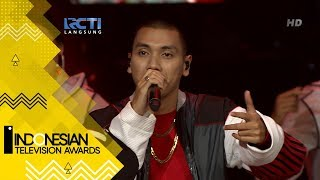 "Video Rizky Febian ft Rayi Putra - ""Girl Like You"" MP3, 3GP, MP4, WEBM, AVI, FLV November 2018"