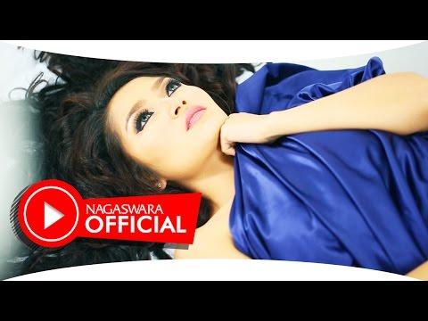 Video Siti Badriah - Selimut Malam (Official Music Video NAGASWARA) #music download in MP3, 3GP, MP4, WEBM, AVI, FLV January 2017