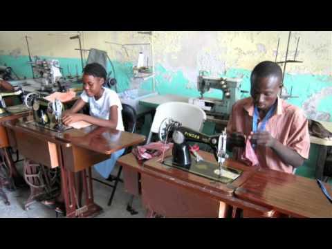 Il progetto Avsi per aiutare gli artigiani di Haiti