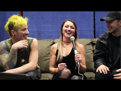 Video Interview with twenty one pilots - Grammy Nomination, David Bowie, & MORE download in MP3, 3GP, MP4, WEBM, AVI, FLV January 2017