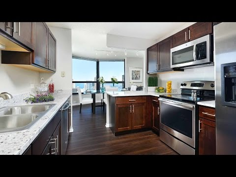 Tour a terrific 3-bedroom, 2 ½ bath at North Harbor Tower