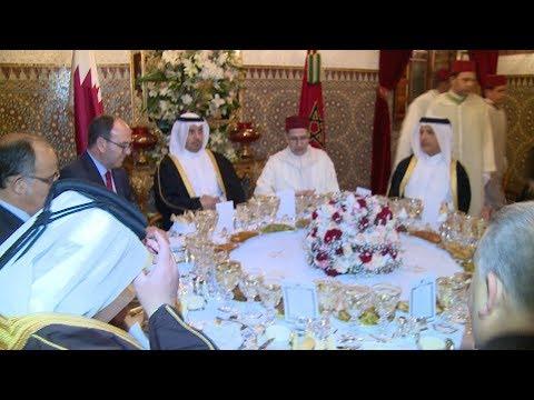 جلالة الملك يقيم مأدبة عشاء على شرف  مسؤولين قطريين