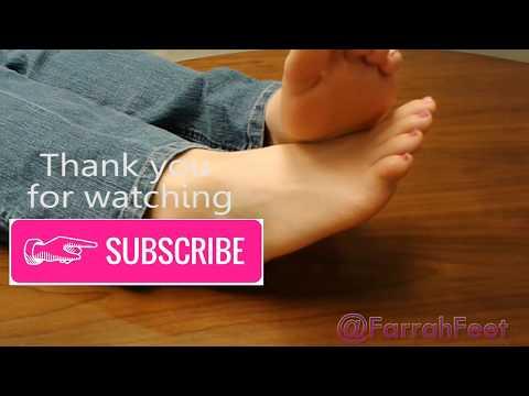 Foot worship - Sexy girls feet in public