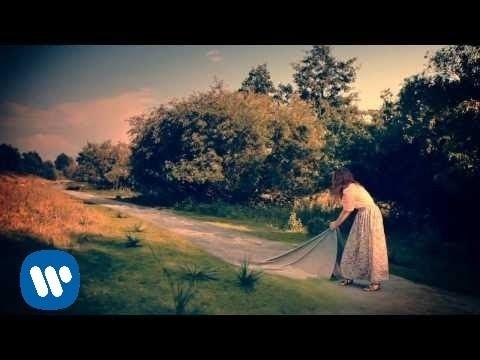 Bienvenido - Laura Pausini (Video)