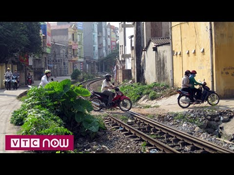 Ngành đường sắt làm gì với các lối đi tự mở? | VTC1 - Thời lượng: 49 giây.