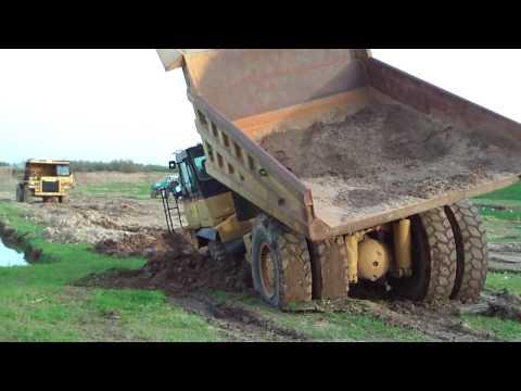 Camión Atascado en 3D, canal de Youtube camaragus