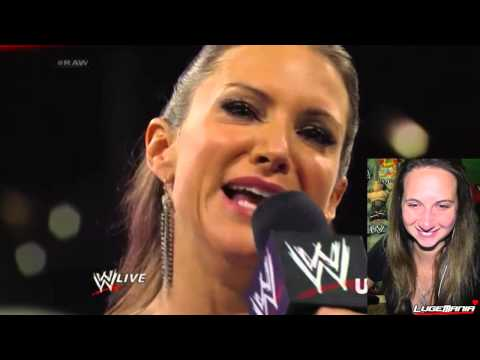 Raw - WWE Raw 7/28/14 Stephanie McMahon vs Brie Bella Live Commentary/Live Reaction/LugeMania Monday Night Raw July 28, 2014 Follow me @lugeyps3 on Twitter/Instagram https://twitter.com/lugeyps3...