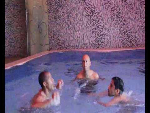 ברק יצחקי וניבאלדו באימון ניתורים במים