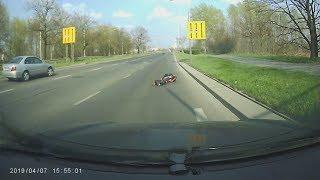 Zderzenie motocyklisty z jeleniem we Wrocławiu