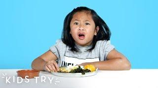 Video Kids Try Prison Food from Around the World | Kids Try | HiHo Kids MP3, 3GP, MP4, WEBM, AVI, FLV Juli 2019