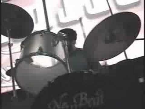 Los Cadaver-Cigarrillo en la Playa-semifinal rockfest08