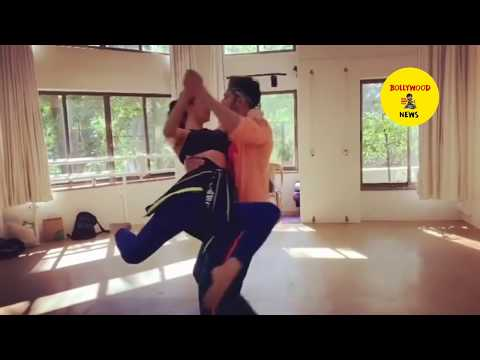 Kiara Advani HOT Secret dance with Varun Dhawan during Quarantine | Kiara Advani dance