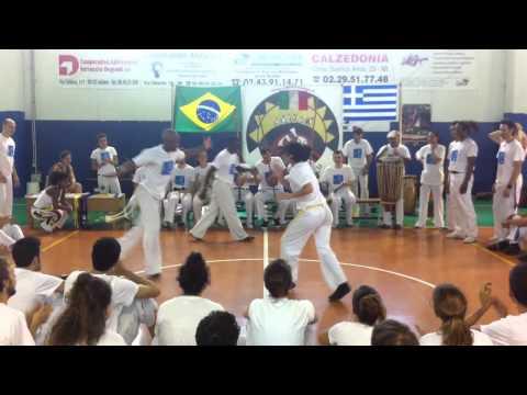 Capoeira Sou Eu - troca de cordao amarelo/azul 2 - Milan 2011