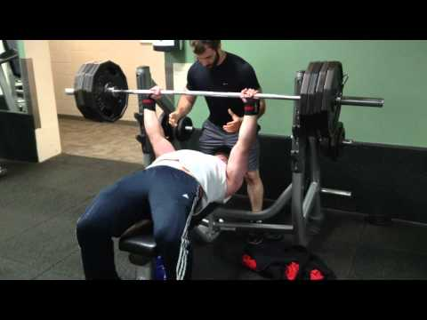 405lb Raw bench press for 2 reps