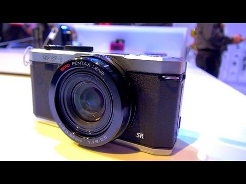 Pentax MX-1 Hands On Preview