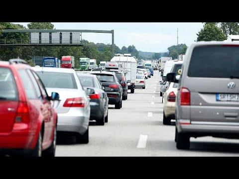 Ουρές αναμονής στους αυτοκινητόδρομους της Ευρώπης