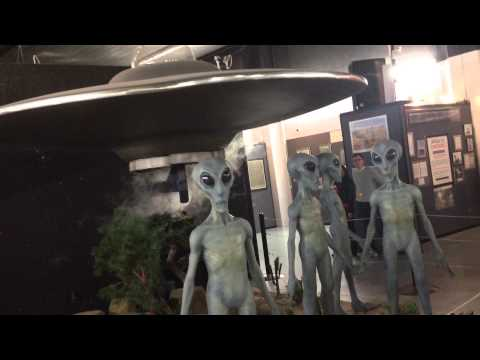 UFO Museum in Roswell – REAL ALIENS!