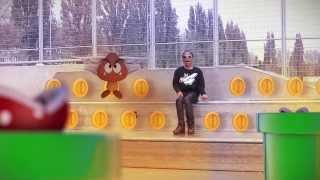 Hier is hij dan eindelijk.... De Officiële Videoclip van Tur-G genaamd 'Super Mario'.Wil jij ook op de hoogte blijven van de volgende stappen van Tur-G?Volg Tur-G dan nu op www.twitter.com/Tur_Gwww.instagram.com/IAmTur_Ghttps://www.facebook.com/OfficialTurgwww.tur-g.hyves.nl ___________________________________________________________________________Deze Videoclip word mede mogelijk maakt door ' TurMeo'.Titel: 'Super Mario' Artiest: Tur-GTekst: Tur-G & Meo-DComponist: Problem ChildOpname: Adje (Street knowledge)Mix/master: Paul Laffree'Just Another Nerd' video productionDirecting, Camera & Edit: Tjeerd BraatCompositing: Tjeerd Braat & Luuk Hendriks3D: Luuk Hendriks, Tim Hijlkema & Jan BroederszProduction Assistent: Farrah SpaargarenThanks to:Just Another nerdSkizoBeejerkersOlympiapleinProblem ChildSpecial thanks to the 'Set' (Succes Entertainment Team).