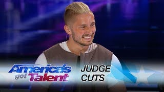 Tom goes globetrotting and blows the judges minds with his technological magic! » Get The America's Got Talent App: http://bit.ly/AGTApp » Subscribe for More: ...