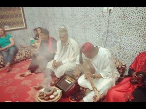 Lila Màalam Abdel Ali Boussou & Younes Hadir -'_ Bahraoui Moul Lma _-' & Gnawa Oulad Bambra