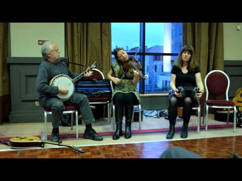 Mick Moloney, Brenda Castles and Athena Tergis: reels