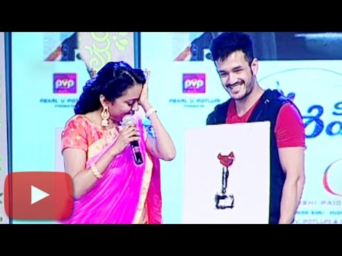 Akhil Akkineni Made Anchor Suma CRY | 'Oopiri' Thank You Meet  | Lehren Telugu