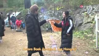 Nonton Showbiz Korea   Press Conference Of The Movie  Rockin  On Heaven S Door                                            Film Subtitle Indonesia Streaming Movie Download