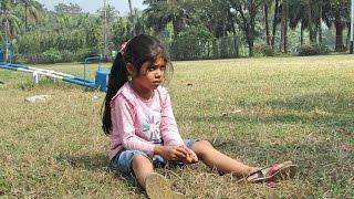 """রুশাদ - মৃন্ময়ী - রুয়াদ এই ৩জন আমার বন্ধু রাব্বির ভাগিনা ভাগ্নি , ওরা ছোটবেলায় কেমন কিউট ছিলো ? ধরুন আপনার সাথে এই মাত্র ওদের পরিচয় হলো - বলবে """"মামা , তোমার কাঁধে উঠবো , উঠেই আপনার চুল টানা শুরু করবে :) :) এখন অবশ্য একটু ঠান্ডা আগের চেয়ে :) চিটাগাং এয়ার ফোর্সের কোয়ার্টারে ওদের বাসায় বেড়ানোর টুকরো মুহুর্ত ।"""