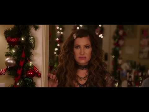 a bad moms christmas ending dance