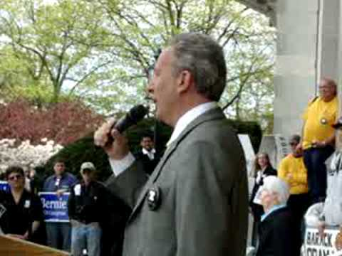 **Peter Schiff at the 2010 Hartford Tax Day Tea Party** April 15, 2010.wmv