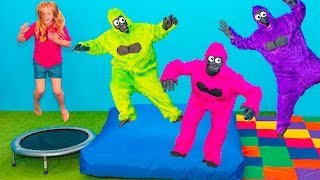 GYMNASTICS Assistant Funny Trampoline Tricks with Gorilla and ...