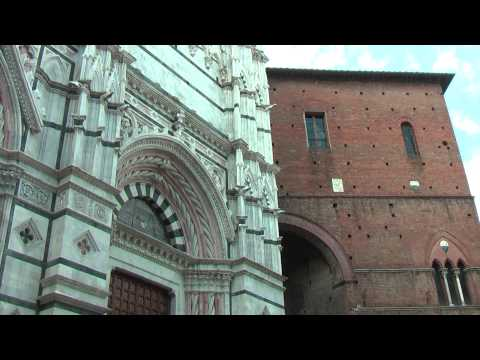 Siena Baptistry (Tuscany Italy) Sienne Baptistère 锡耶纳洗礼 Baptisterio de Siena シエナ洗礼堂