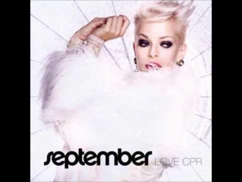 Tekst piosenki September - Something's Going On po polsku