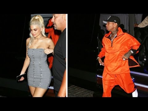 Kylie Jenner Shows Off Her Bod While Hitting The Town With Tyga