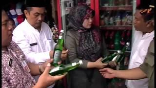 Video Bupati Pandeglang Irna cekoki pedagang miras sampe teler MP3, 3GP, MP4, WEBM, AVI, FLV September 2018